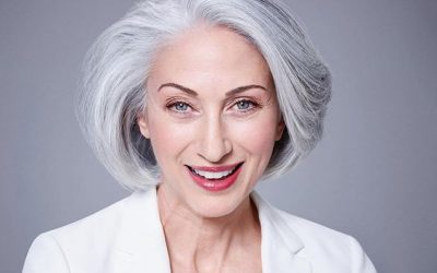 TIPS ON WHEN GOING GREY COLOR HAIR – TRANSITIONING TO GREY